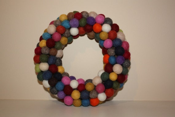 Felt balls wreath small size table top candle holder natural wool home decor