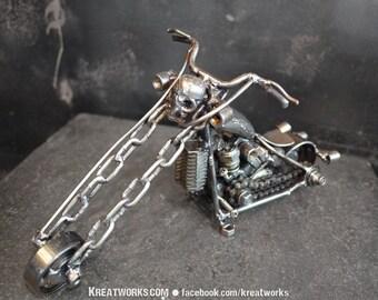 Skull Motorcycle (small item)