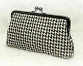 Houndstooth Clutch- Black and White tweed