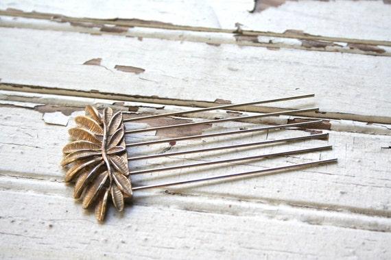 Antique Gold Metal Hair Piece