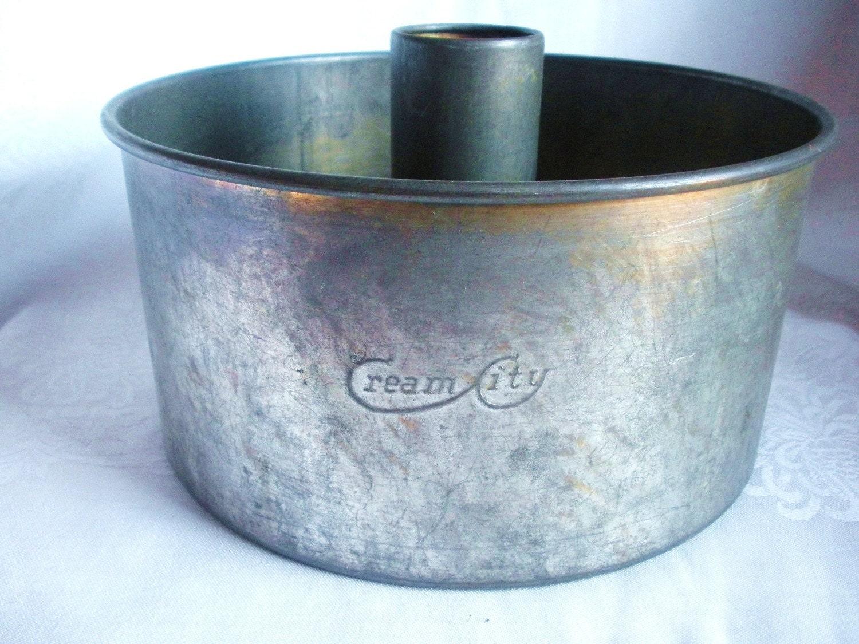 Vintage Angel Food Cake Pan