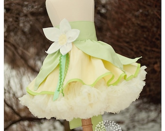 Tiana inspired Dress Up Costume Apron, Half Apron style...inspired by Princess and the Frog, Made to Order