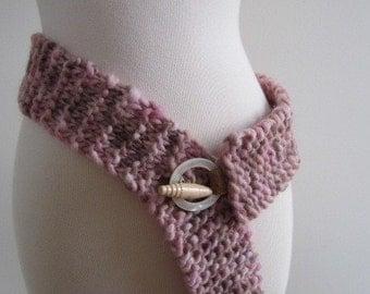 SALE Ladies Belt Chunky Wool Hand Knit Boho Wood Leather Southwest Pink - Size Medium