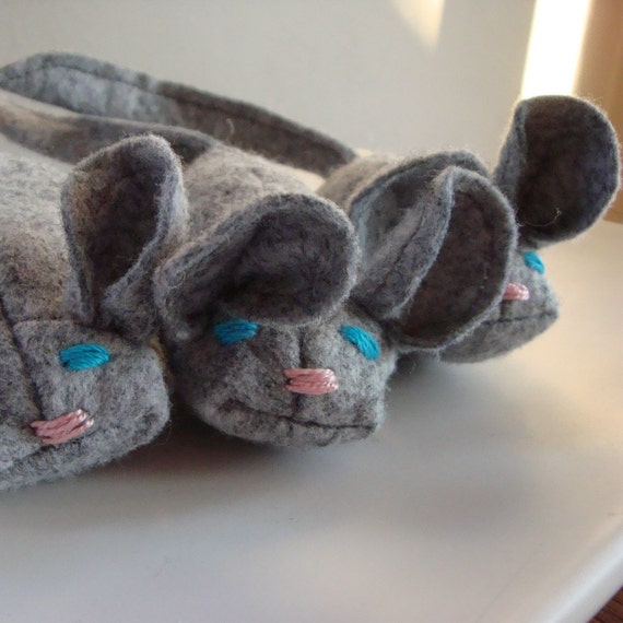 Gracie the Mouse wool felt blend catnip cat toy