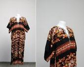 on SALE. Vintage Paisley print ethnic embroidered caftan dress, large-xl