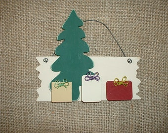 Personalized Christmas ornament - Tree with three packages