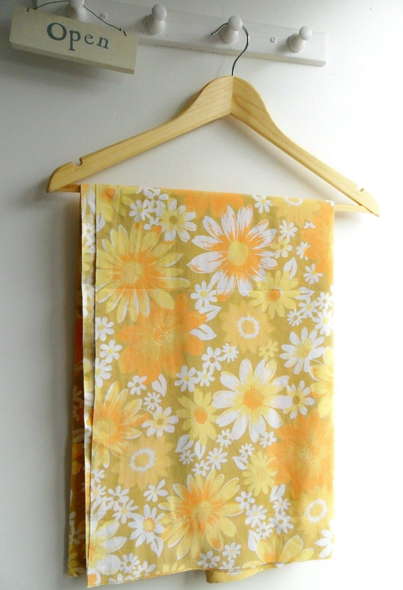 Vintage Fabric Retro Floral by littleteawagon on etsy
