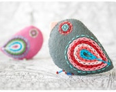 magenta & gray bird pins / felt brooches