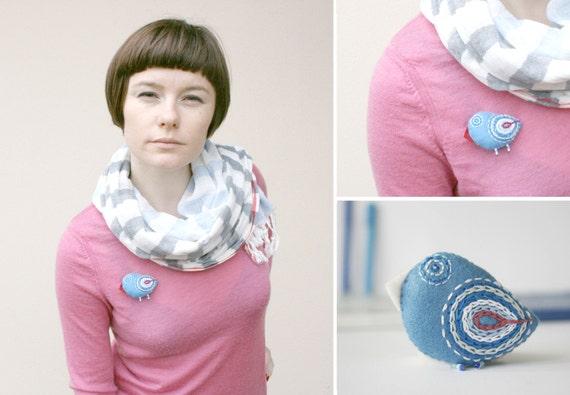 icy-blue bird brooch - embroidery bird