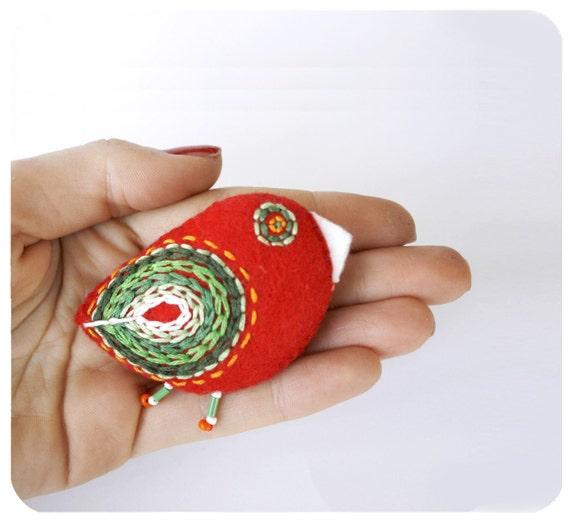 christmas bird pin / gift for mom / red felt bird