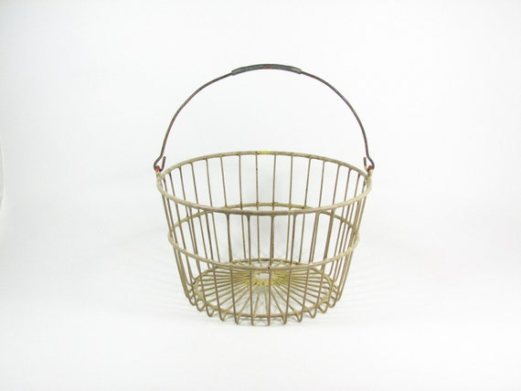 Vintage Egg Basket Metal Wire Tote with Handle Cream Off White