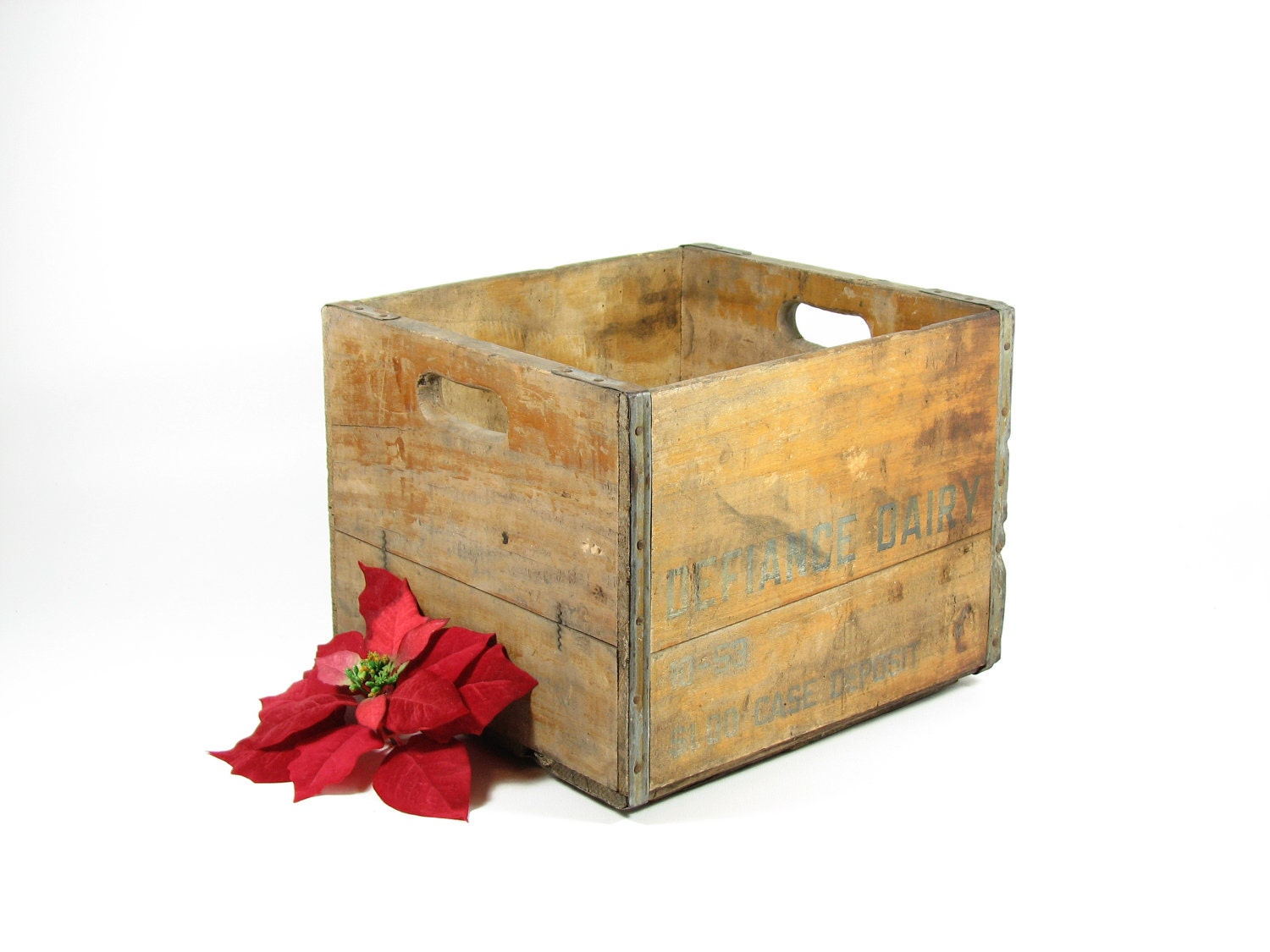 Vintage wood dairy crate wooden box defiance dairy ohio for Old wooden crates