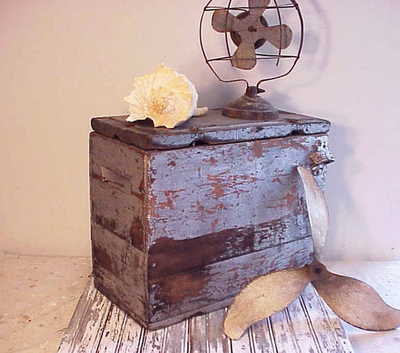 Primitive Industrial Old Silver Paint Wood Box