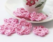 Crochet flowers appliques pink small