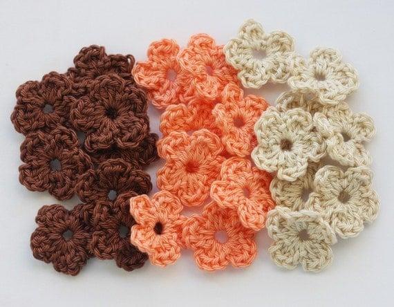 Crochet flowers appliques sc beige light salmon brown