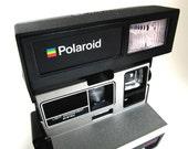 Vintage Polaroid Camera Sun 600 LMS Light Management System