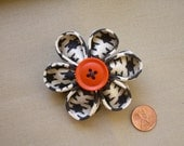 Kanzashi Flower Brooch- Halloween Black, Cream, and Orange