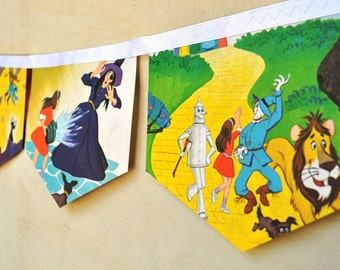 WIZARD OF OZ Banner Vintage Little Golden Book Bunting Banner Paper Children Decoration Eco Friendly repurposed party nursery baby shower