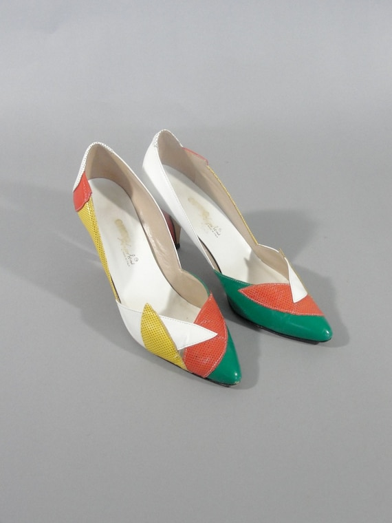 Reserved for lonibrands Vintage 1980s ENZO ANGIOLINI  Pump with Green Orange Yellow and White Leather Multicolor