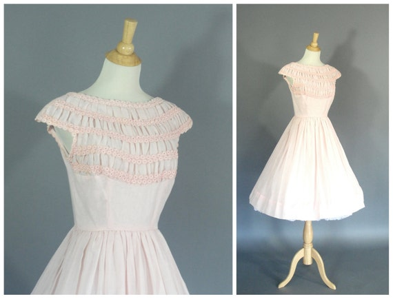 1950s vintage dress in pink by Carol Brent circle skirted dress