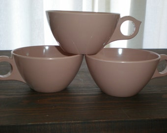 Atomic Ranch Coffee Cup Trio 50s Melamine Classic Set of 3 Mid Century Taupe Vintage Chic