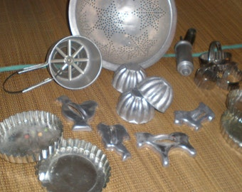 Kitchen Aluminum Collection Mid Century Colander, Sifter, Molds, Etc.- 17 Kitchen Baking Implements and Utensils