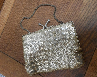 Purse Antique Gold Sequins Gatsby Flapper Era Hand Sewn And Decorated On Metal Hinged Frame Art Deco Beauty