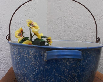 Wash Tub Graniteware Berlin Blue Antique Wire Handled Large Size Enameled Farmhouse Primitive -Decorative Photo Prop Or Garden Tub