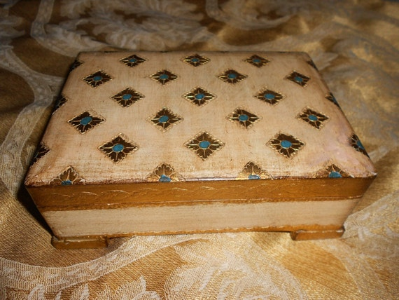 Reuge Swiss Music Box Ideal For Romantic (Or For Mother)  Gift - Plays Edelweiss Very Shabby Chic