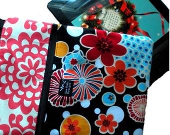 Red Black Blue Retro Oriental Flowers Tokyo Pop Fabric iPad Kindle Nook E Reader Sleeve Passport Travel Washable Messenger Bag  Sling Purse