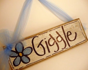 Giggle 12 inch Wooden SIgn