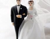 vintage . 1950s . bisque . porcelain . wedding cake topper . bride and groom . wilton chicago . japan .