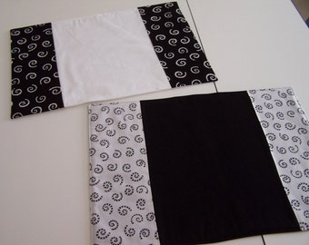 Black & White Swirl Placemats