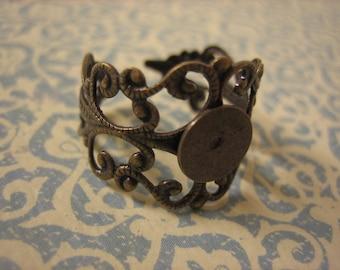 1PC - Ornate Filigree Ring Blank - 10mm Blank Pad - Antique Brass