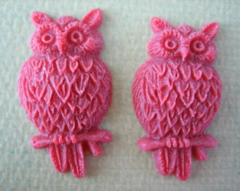 2PCS - Resin Owl Cabochons - Red-  25mm - Matte Finish - Findings by ZARDENIA