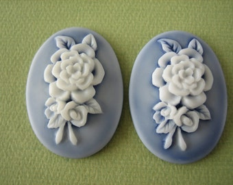 2PCS - Oval Cameos - Lavender with White Flower - 40x30MM - Resin - Flat Back - Jewelry Findings by ZARDENIA