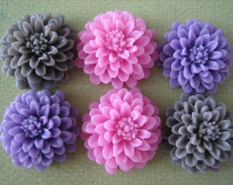 6PCS - Mixed Colors - Pink, Purple and Gray - Resin Mum Flower Cabochons - 20mm - Cabochons by ZARDENIA