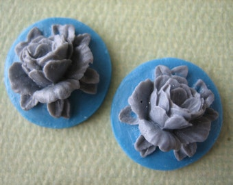 2PCS - Rose Flower Cabochons - Resin - Gray on Denim Blue - 18mm - Cabochons by ZARDENIA