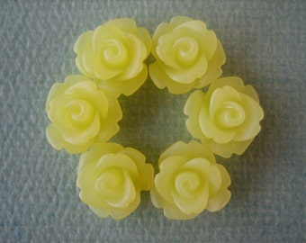 6PCS - Mini Rose Flower Cabochons - 10mm - Resin - Frosted Yellow - Cabochons by ZARDENIA