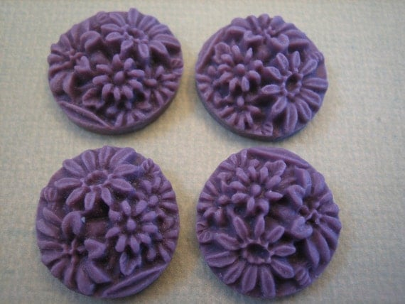 4PCS - Grape Purple Mixed Daisy Flower Cabochons 20mm