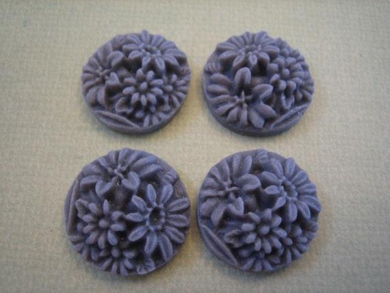 4 PCS - Gray Mixed Daisy Flower Cabochons 20mm