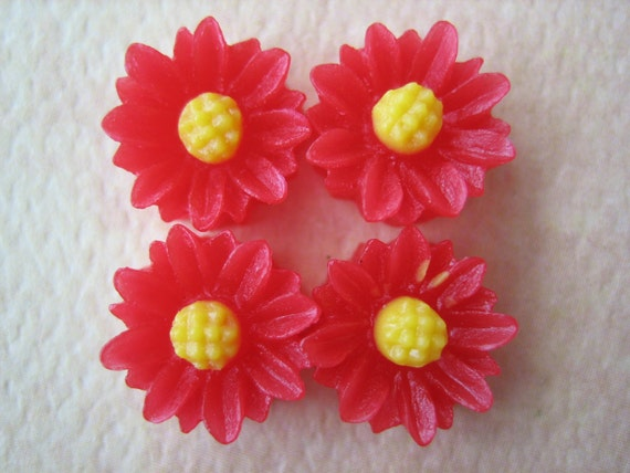 4PCS - Mini Daisy Flower Cabochons - Resin - 9mm - Red - Cabochons by ZARDENIA