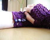 Purple Lace Fingerless Gloves