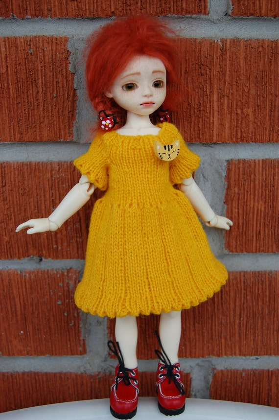 Handknitted SUNSHINE dress for petite sized ball-jointed dolls