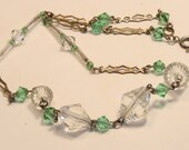 Vintage Edwardian green glass necklace. Pretty green and clear beads