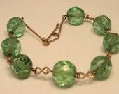 Vintage Edwardian green glass bead bracelet