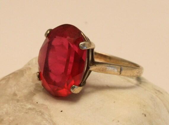 Vintage gold on sterling silver ring. Pink. Gilded. UK size P. US size 7 3/4