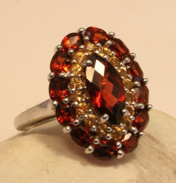 Vintage garnet and citrine ring. Sterling silver. Size N. US size 6 3/4