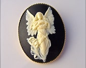 Angel cameo pin brooch