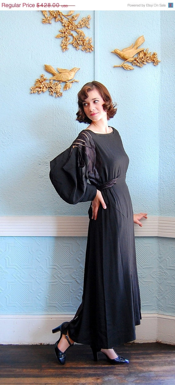 End of Year Sale - Vintage 1930s Dress - 30s Evening Gown - Couture Black Crepe de Chine